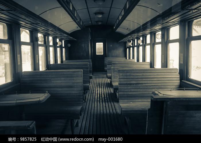 老火车内部特写图片