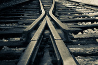 铁轨道岔特写