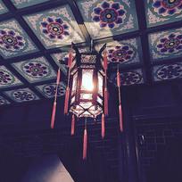 古代天花板上的灯笼