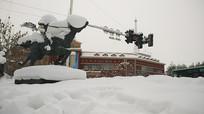 新疆阿勒泰雪中红灯