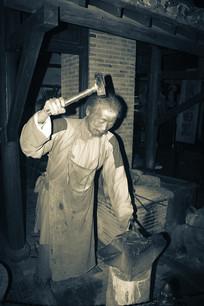 旧社会打铁匠蜡像