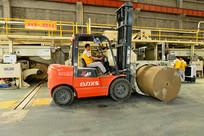 纸箱原料运输