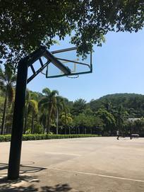 篮球场篮球架