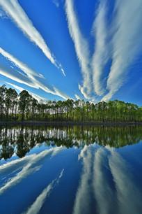 云漫森林湖