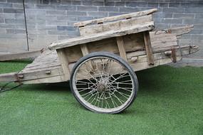 老物件木板车