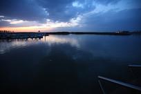 湖水与天空
