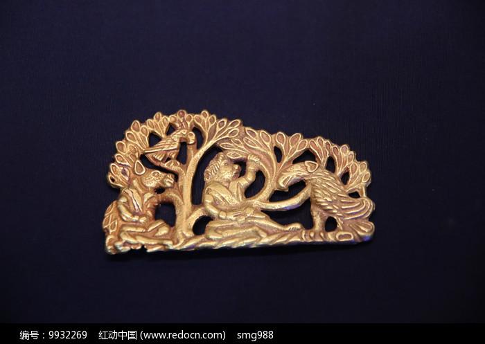 汉代丛林狮子老鹰金饰件图片