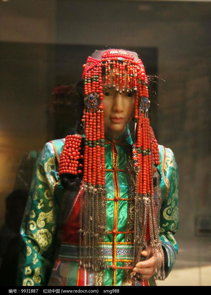 蒙古族民族服饰少女头饰图片