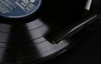 巫1900黑胶唱机播放黑胶