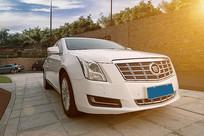 白色汽车头部摄影