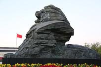 爱国教育中华雄狮崛起石雕像