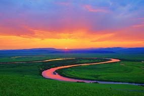 呼伦贝尔草原暮色之河