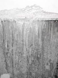 透明的挂冰