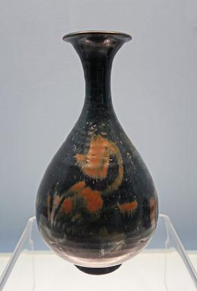 元代黑釉褐彩瓶