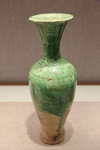 绿釉长颈瓶