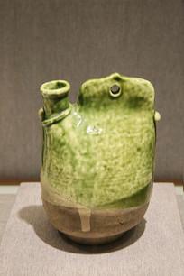 绿釉单孔鸡冠壶