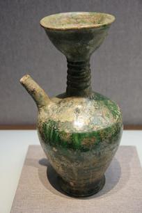绿釉划莲花瓣纹净瓶
