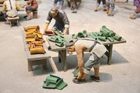 古代琉璃工厂制瓦泥塑复原
