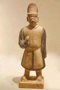 明代三彩陶人俑