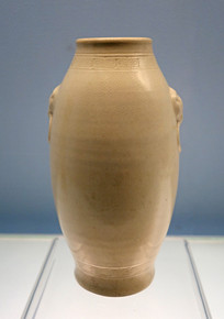 明代漳州窑黄釉橄榄瓶