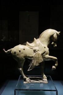 釉陶舞马俑唐代