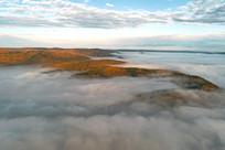 航拍山岭云雾