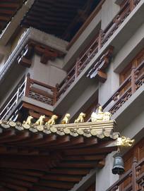 静安寺屋檐竖构图