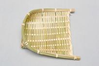 青竹编织的小簸箕