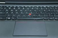 笔记本电脑键盘区