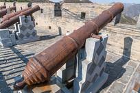 雁门关长城上的火炮