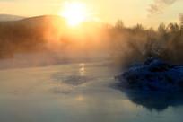 冰河早晨朝阳