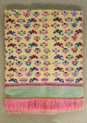广西新宾壮族织锦花鸟树纹桌毯