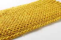 黄色围巾摆拍