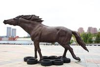 蒙古马雕像