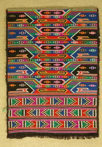 土家族织锦神龛茶几纹被面料