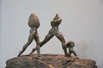 螺丝人蚌壳人创意雕像