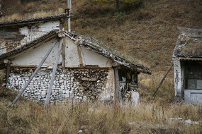 废弃的老屋子