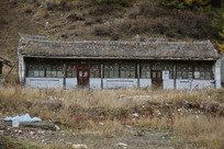 废弃的林场宿舍