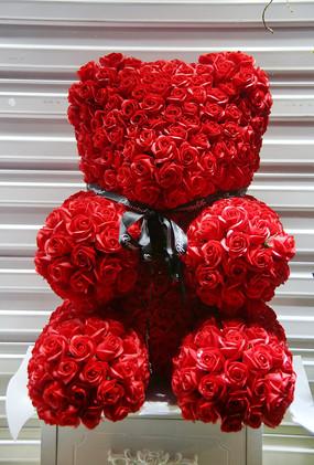 玫瑰小熊玩具