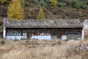 危房破房子废弃的屋子