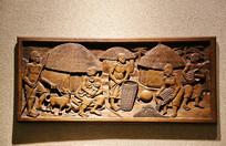 非洲木雕画部落生活喂奶