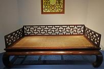 铁力木床身紫檀木围子罗汉床