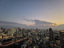 日本大阪城市夜景鸟瞰