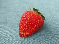 红红草莓果