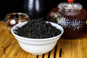 正山小种红茶干茶