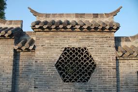 南太湖景墙花窗