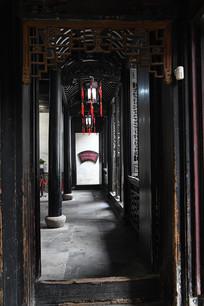 张石铭故居客厅通道