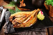 日式烤鱼摄影图