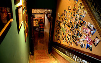 复古休闲咖啡厅楼梯间