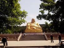 千佛山金佛雕像